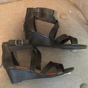 Lucky brand wedge black sandals new